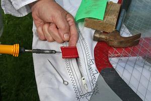 Windsurf DIY - removing a broken batten from your windsurf sail.